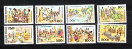 Togo  - 1980. Mercato: Vendita Cibarie, Indumenti, Frutta, Utensili Cucina. Market Activity. MNH Complete Series - Costumes