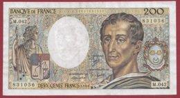 "200 Francs ""Montesquieu"" 1986----VF/SUP--ALPH. M.42--2 TROU D EPINGLE - 1962-1997 ''Francs''"