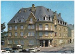 Carte Postale 50. Mortain  L'Hotel De La Poste  Voitures DS GS Citroën Très Beau Plan - Francia