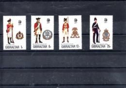 Gibraltar Nº 338-41 Uniformes Militares, Serie Completa En Nuevo 4,50 € - Militares