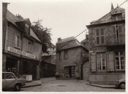 Photo Années 60 Dinan Bretagne Format 18x13cm Boulangerie Lucas Place Saint Sauveur - Places