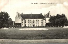 AUNAY LE CHATEAU COUR D'HONNEUR - Otros Municipios