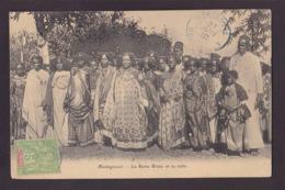 CPA Madagascar Afrique Noire Circulé Reine Royalty - Madagascar