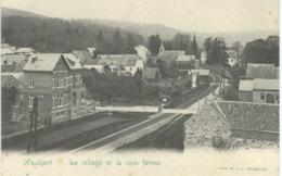 WAULSORT : Le Village Et La Voie Ferrée - Hastière