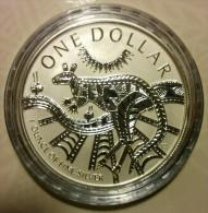 Australia - 2003 - Silver Kangaroo - Aboriginal Artist Ray Tomas - 1$ Fine Silver Frosted Uncirculated Coin - Sets Sin Usar &  Sets De Prueba