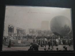 Saint Etienne - Une Fête à L'exposition Lâcher De Ballon - Saint Etienne