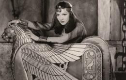 PHOTO POSTCARD Claudette Colbert - Mujeres Famosas