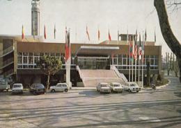 MARSEILLE: Le Palais Des Congrès De La Foire De Marseille - Le Perron D'Honneur (Voitures Années 70) - Monuments