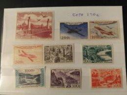 Timbres Pa Neuf Avec Trace De Charnieres - Timbres