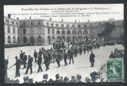 """+++ CPA - Aviation - Funérailles Des Victimes De La Catastrophe Du DIRIGEABLE """" La République """" Versailles 1909  // - Dirigeables"""