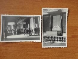 VERSAILLES WW2 GUERRE 39 45  SOLDATS  ALLEMANDS A L INTERIEUR DU CHATEAU 2 VUES - Versailles