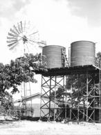 Photo Malawi  Énergie éolienne De Remplacement à L'école De Nkhamenya 1982 Vivant Univers - Afrique