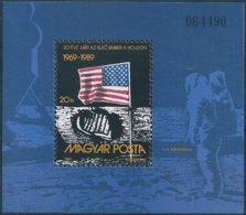 B3926 Hungary Space Apollo-11 Flag Moon Astronaut S/S MNH - Blocks & Kleinbögen