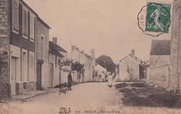 HERICY               RUE DES FOSSES - Francia