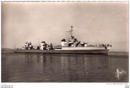 """""""LE TRIOMPHANT""""  Escorteur Rapide  Carte Photo  2 Scans - Warships"""