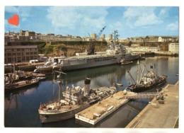03271-LE-29-EN BRETAGNE-Brest,Grand Port De Guerre Et De Commerce-Le Porte-Hélicoptères La Jeanne-d'Arc----------bateaux - Brest