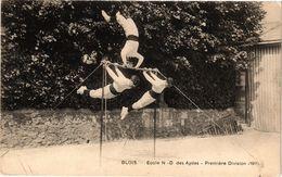 CPA BLOIS - École N-D Des Aydes - Premiere Division (1911) (208827) - Blois