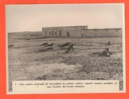 Bersaglieri Contro Inglesi Fronte Tunisino Foto Luce Primi Anni '40 Combat Mitragliatrii In Azione - Guerre, Militaire