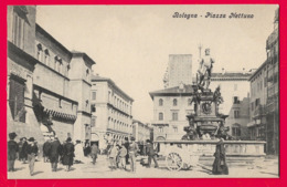 BOLOGNE (Bologna)--  --Piazza Nettuno - Bologna