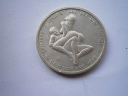 1992 DEUTSCHLAND MUNZE Germany BRD 6 Sex Mark Coin EINIGKEIT UND SEX UND FREIHEIT IN DIESEM UNSERE LANDE - Duitsland