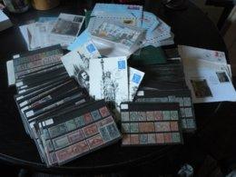 Carton De 3,5 Kg De Timbres, Lettres, Entiers Postaux, Aérogrammes, Beau Lot De Timbres De France Et Colonies - Frankreich