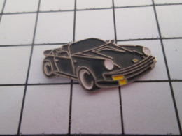 619  PINS PIN'S / Beau Et Rare : Thème AUTOMOBILES / PORSCHE NOIRE CABRIOLET DECAPOTABLE - Porsche
