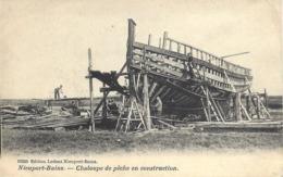 NIEUPORT BAINS-CHALOUPE DE PECHE-CONSTRUCTION-OUVRIERS-MATERIAUX-BOIS - Nieuwpoort