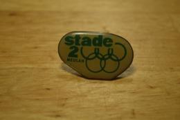 Rare Pin's Stade 2 Meulan - Médias