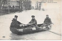 25/16       95   Argenteuil    Crue De La Seine 1910   Arrivée Du Courrier  (animations) - Argenteuil