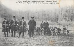 25/16      02   Villers Cotterets    équipage Menier    La Meute & Les Piqueurs à La Croix Dampierre   (animations) - Villers Cotterets