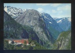 Noruega. *Stalheim Hotel, Towards Naeroydal Valley...* Foto: Normanns. Nueva. - Noruega