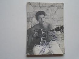 D168954 Cliff Richard  - Original Autograph, Autogramm - The Official Cliff Richard Fan Club  Jan Vane  Romfort,Essex - Autographes