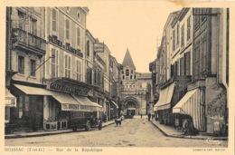 Moissac (Tarn Et Garonne) Rue De La République, Galeries De L'Alimentation - Imp. Combier, Carte CIM - Moissac