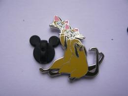 Big Pin S  DISNEY  3 X 3 Cm  Tbq - Disney