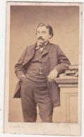 Photographie CDV / Second Empire / Homme à Moustache / PIERRE PETIT Photographe PARIS - Foto