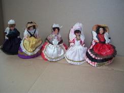 Poupée Folklorique De Région PETITCOLLIN Lot De 5 Poupées  Celluloïd - Dolls