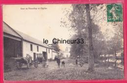 80 - THIEULLOY ----Cour Et Eglise---animé - Autres Communes