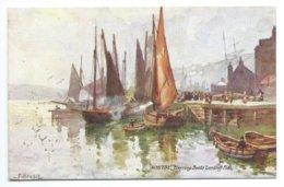Whitby - Herring Boats Landing Fish - Tuck Aquarette 7692 - Whitby