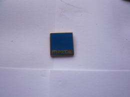 Pin S  LOGO AUTOMOBILE - Pins