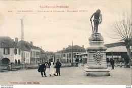 D65  VIC- BIGORRE  Statue De La Revanche- Monument ( 1870- 71 )  ..... - Vic Sur Bigorre