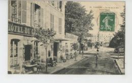 CABOURG - La Rue De La Mer , GRAND HOTEL - Cabourg