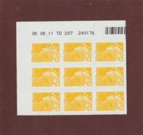 208  De  2011 - (4226) -neuf ** BLOC COIN DATE & Nté.. De 9 Timbres. Adhésif  Marianne.Beaujard .  0.01€ . Jaune - 2010-....