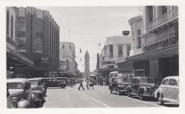 Honolulu Hawaii Fort Street Scene, Business Signs, Autos, C1940s Vintage Photograph - Luoghi