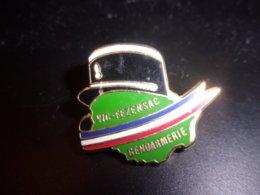 Pin's Gendarmerie Nationale De Vic Fezensac - Gers - Occitanie - Képi - AMC - Militaria