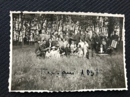 001 Old Real Photo Group Of People Focsani 1937 Romania 8cm / 5.5cm - Anonymous Persons