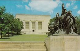 AUSTIN TX - MUSTANGS MONUMENT ,UNIVERSITY OF TEXAS POSTCARD - Austin