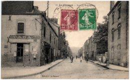 71 LE CREUSOT - Rue De Montchanin - Le Creusot