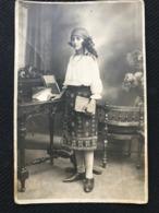 001 Romanian Young Girl Folk Costume, Traditional Costume, 1925 Autentic Photo Postcard - Romania