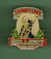 SOUNDS LIKE BULLSHIT TO ME ***  2004 (122) - Pin's