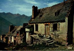 Village D'argut Dessus Aux Environs De Saint Beat     CPM Ou CPSM - France